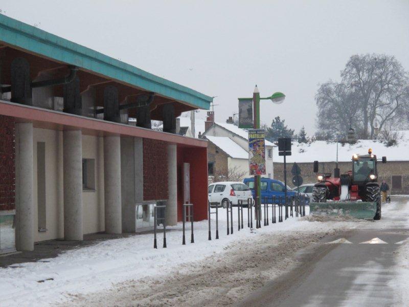 Une «lame» en action devant l'école de la Souris Verte