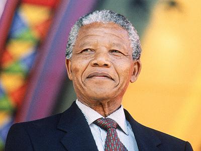 Pour donner des gages à l'extrême droite, le candidat Priollaud insulte la mémoire de Nelson Mandela, prix Nobel de la Paix