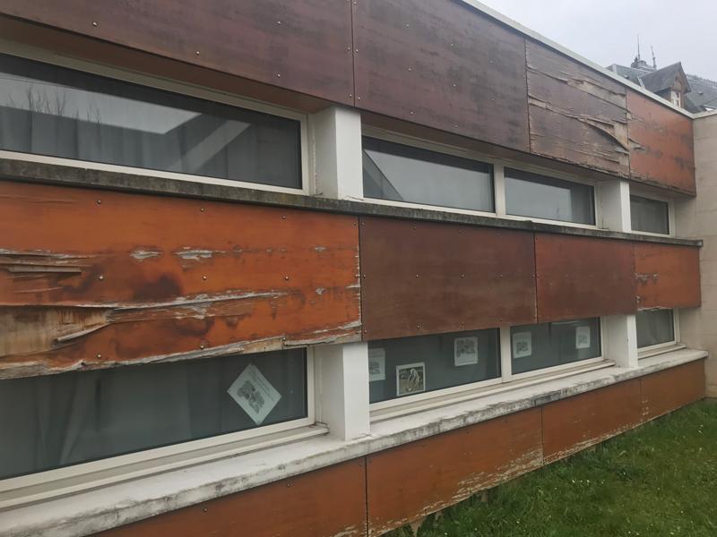 Jean Prévost : une école neuve construite par la municipalité Martin. Voici l'état où la laisse la municipalité actuelle...