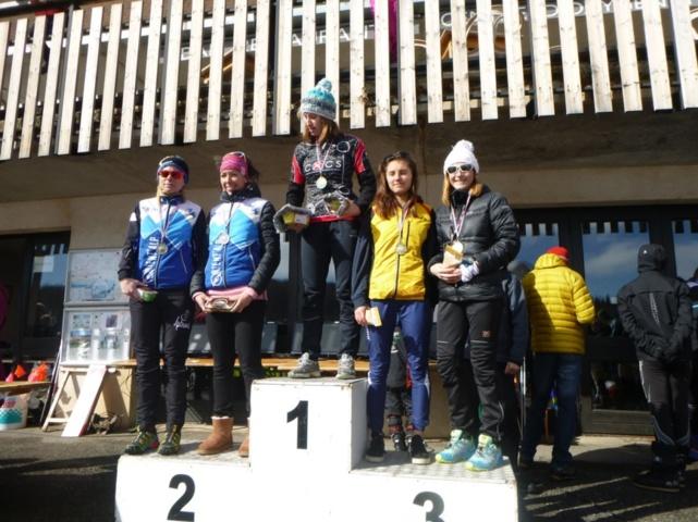 Le podium Dame Elite du relais