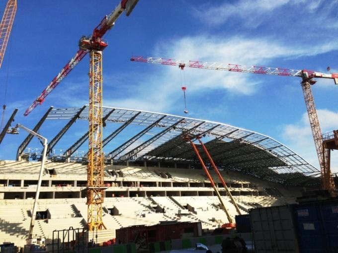 EC Solar SAS et TENESOL réalise l'électricité DC photovoltaïque du stade JEAN BOUIN à PARIS.