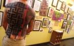 Eine Ausstellung zur Rehabilitation der Swastika