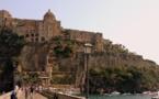 Naples, entre religion et superstition
