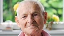 Le dernier déporté homosexuel témoigne, Rudolf GRAZA survivant des Triangles Roses.