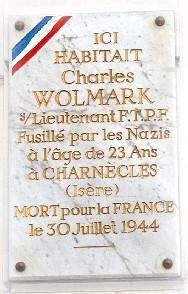 Charles Wolmark aide à la création des groupes de jeunes garibaldiens.