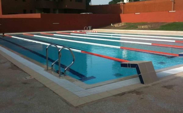 Cr ation piscine sensec piscines traitement de l 39 eau - Traitement eau de piscine ...