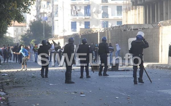 Soulèvement en Tunisie : Alger en état d'alerte