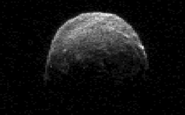 L'astéroïde 2005 YU55 vient de « frôler » la Terre ce soir