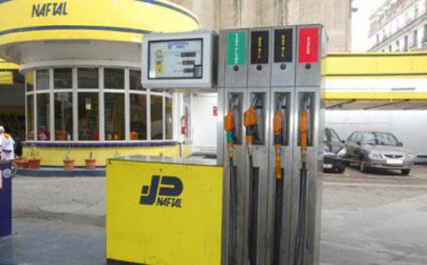 Retard de la livraison d'essence vers l'Algérie suite aux tensions sur le marché européen