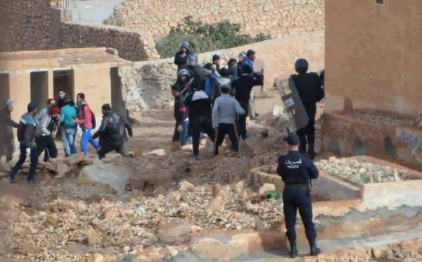 Communiqué de l'AMA: Le régime algérien veut se débarrasser du Dr Kameleddine Fekhar et Qassem Soufghalem
