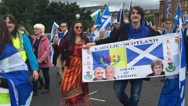 La Kabylie présente à la marche des Ecossais pour leur indépendance